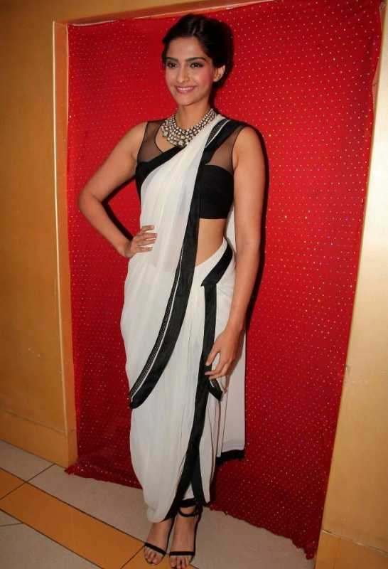 rajesh pratap1 - Sonam's Styling in Bewakoofiyaan