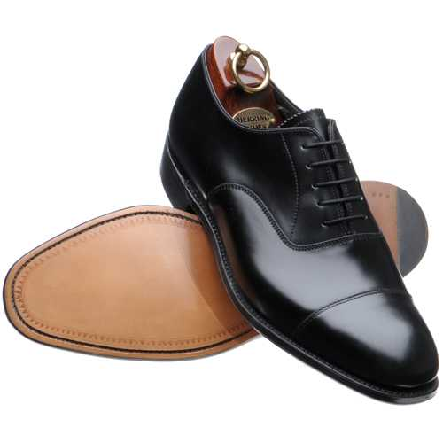 black oxford individualism - 5 shoes every Indian man should have and other tips