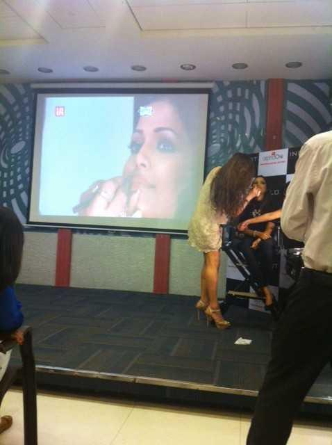 photo 1 6 e1398178169325 - Ojas Rajani and Some Handy Makeup Tips