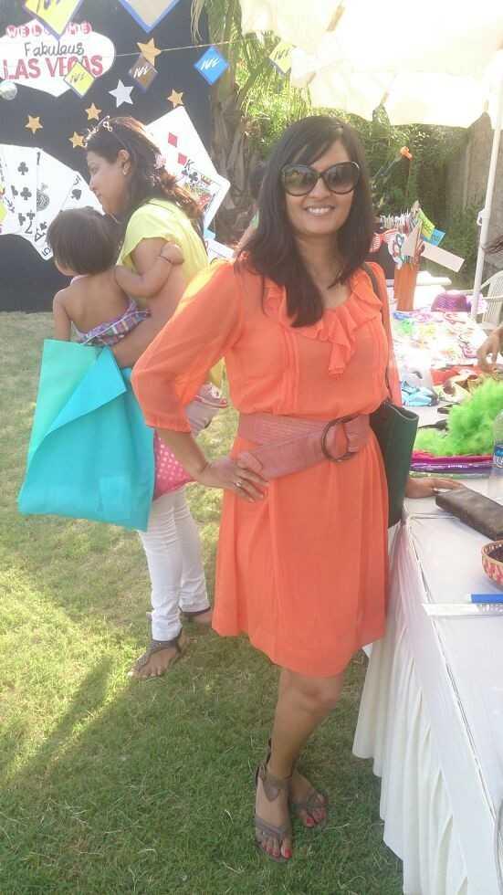 Orange Tunic-AND Belt-Colorplus Bag-Calvin Klein Tan Gladiators-Enroute
