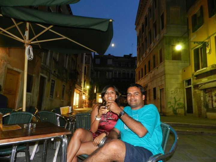 Sipping wine in a nondescript pub in Venice