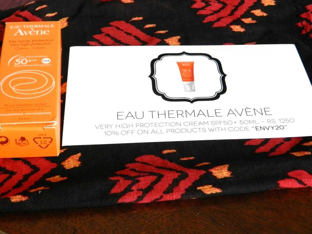 EAU THERMALE AVÈNE Very High Protection Cream SPF 50+