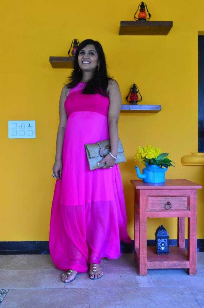 Dress: Gira Zaveri Clutch: Kokommo Bangle: Jaipur Footwear: Charles & Keith