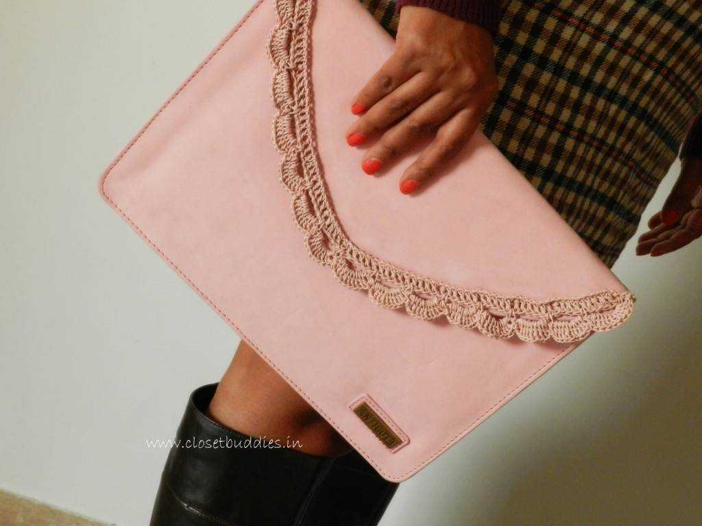 clutch 1024x768 - Of Tweed and Leather and the Cold Weather!