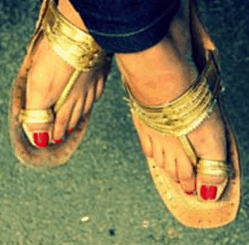 Image 5 - Five Ways to Rock Traditional Accessories with Western Outfits