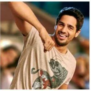 1456056373 sidharth malhotra 1 298x300 - Kapoor & Sons: Style Review