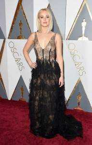 "jennifer lawerence 2fcf2cc6 0916 4c3e a3bb e80b7b78ecaf 191x300 - The ""who wore what"" of Oscars 2016"