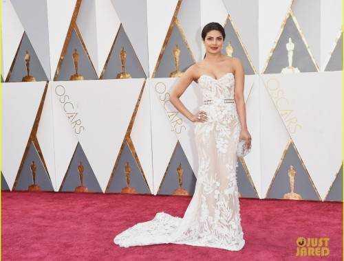 "priyanka chopra 2016 oscars red carpet 03 500x380 - The ""who wore what"" of Oscars 2016"