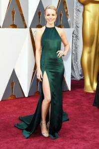 "rachel mcadams 4f90f72e 1950 4eb8 ab73 7bea8598fdf3 199x300 - The ""who wore what"" of Oscars 2016"
