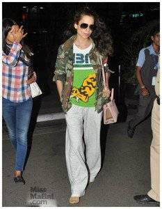 Kangana Ranaut 233x300 - Airport looks to steal from Bollywood