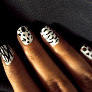 Short nails 300x300 - Just Nailicious