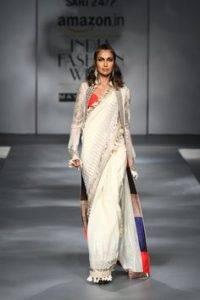 f1d773e7133928ee3ba1392ad53a6ef8 200x300 - The saree edition at the Amazon India Fashion Week