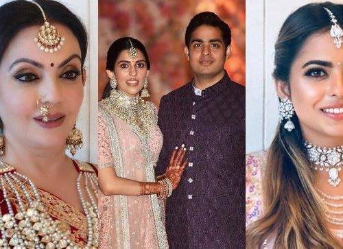 Nita Shloka Isha 500x363 - Bollywood's best dressed at Akash Ambani Shloka Mehta's engagement ceremony