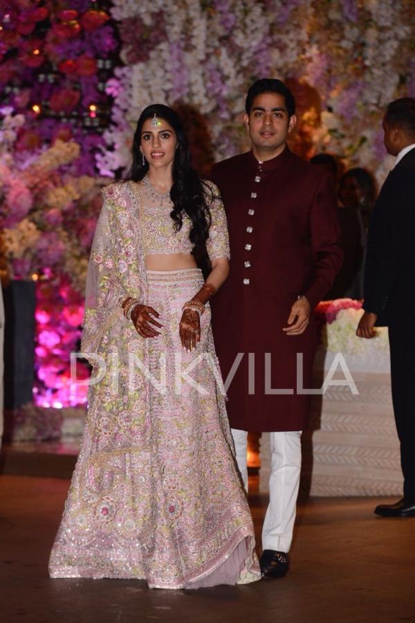 pinkvilla 2 - Bollywood's best dressed at Akash Ambani Shloka Mehta's engagement ceremony