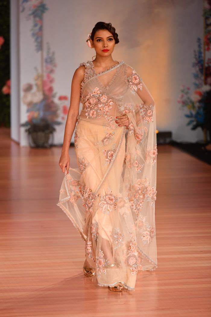 ICW18D2S1PallaviJaikishanRunway033 - India Couture Week Part-II