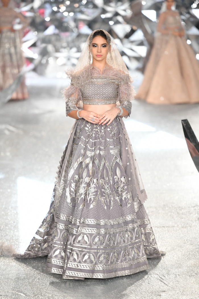 ICW18D2S2FalguniShanePeacockRunway170 - India Couture Week Part-II
