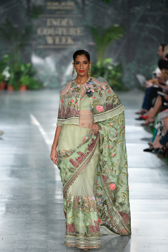 ICW18D4S2RahulMishraRunway193 - India Couture Week Part-II