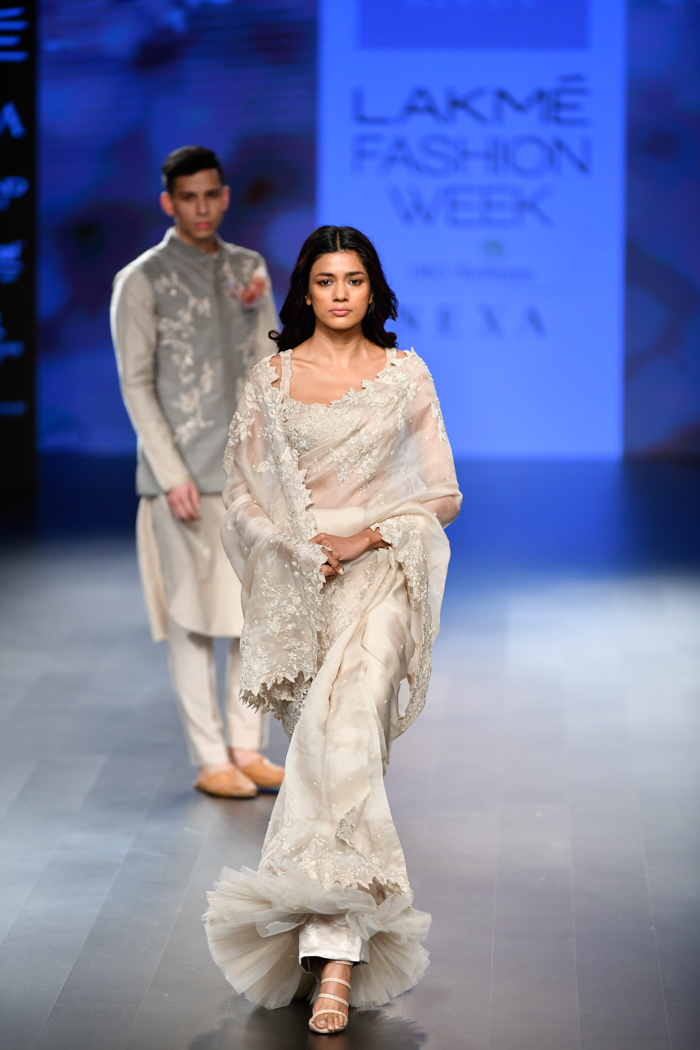LFWWF18D4S2aAnushreeReddyRunway027 - Lakme Fashion Week Part-II
