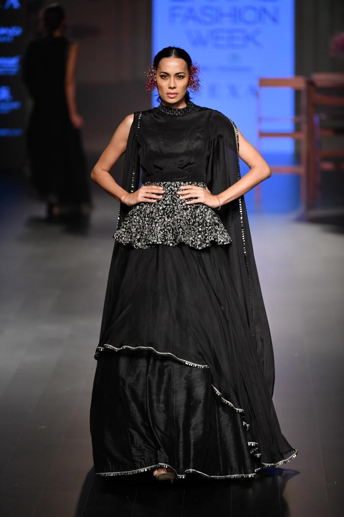 LFWWF18D4S2bSonamAndParasModiRunway082 - Lakme Fashion Week Part-II