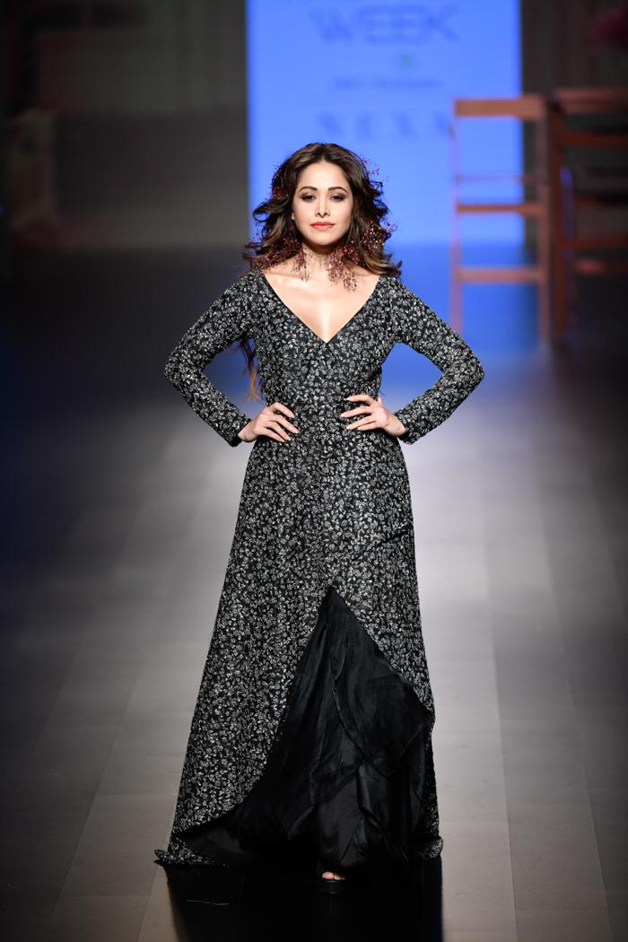 LFWWF18D4S2bSonamAndParasModiRunway093 - Lakme Fashion Week Part-II