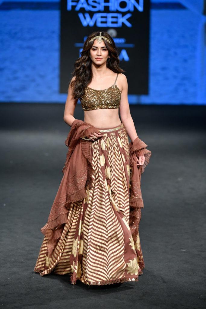 LFWSR19D3S5dSukritiAndAakritiRunway036 683x1024 - Lakme Fashion Week- Part I