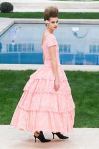 chanel couture ss19 3 1548240916 2 200x300 - chanel-couture-ss19-3-1548240916