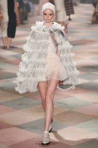 dior couture aw19 1 1548088157 200x300 - dior-couture-aw19-1-1548088157