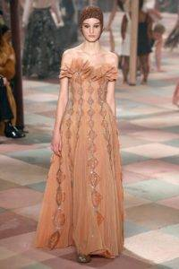 dior couture aw19 3 1548088158 200x300 - dior-couture-aw19-3-1548088158