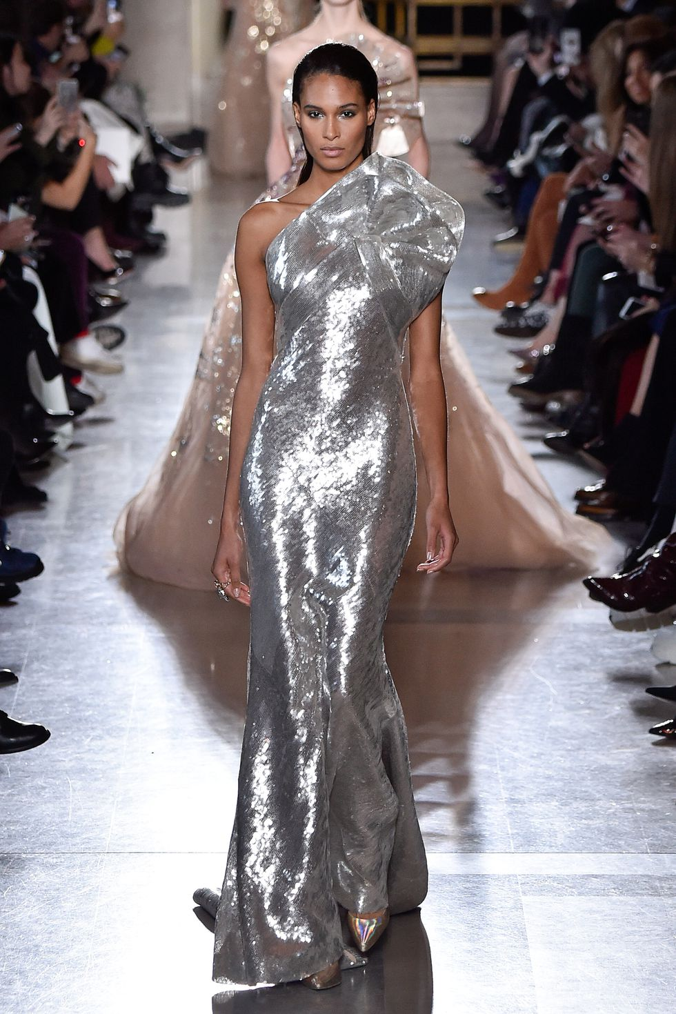 elie saab couture ss19 5 1548331916 - elie-saab-couture-ss19-5-1548331916
