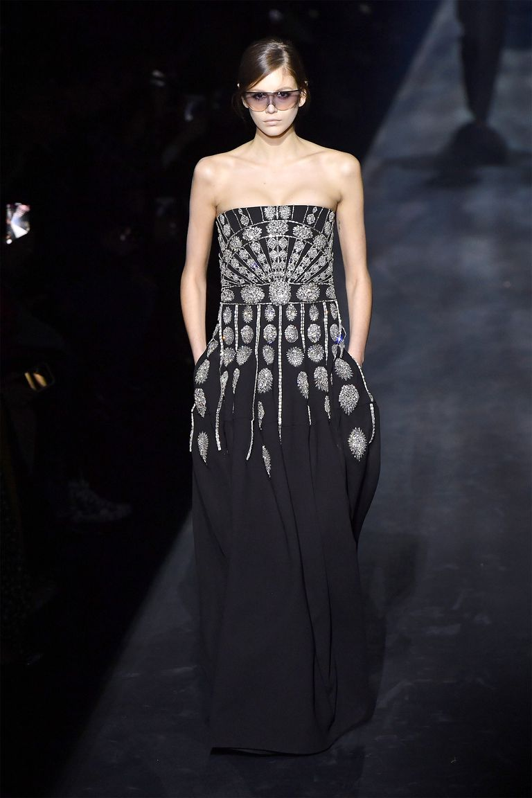hbz fw2019 givenchy 06 1551688119 - hbz-fw2019-givenchy-06-1551688119